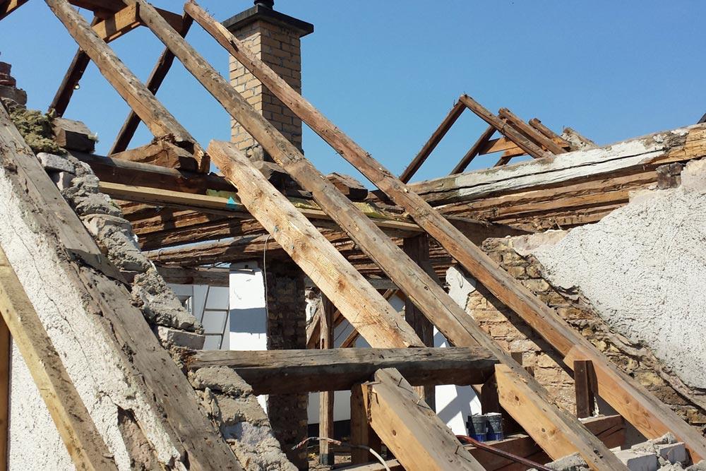 dachdeckerarbeiten-sanierung-19