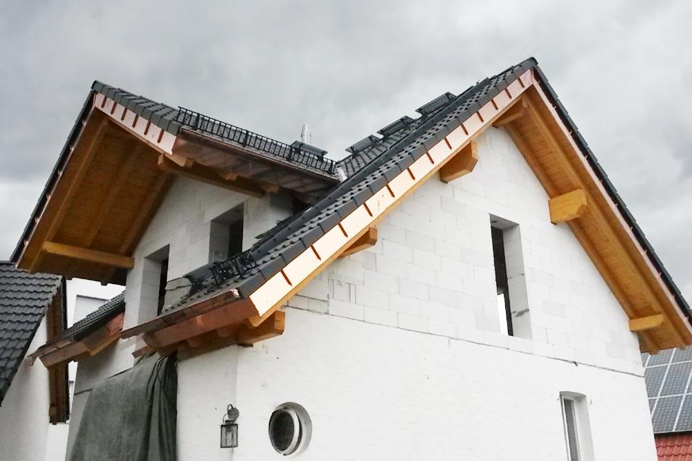 dachdeckerarbeiten-sanierung-20